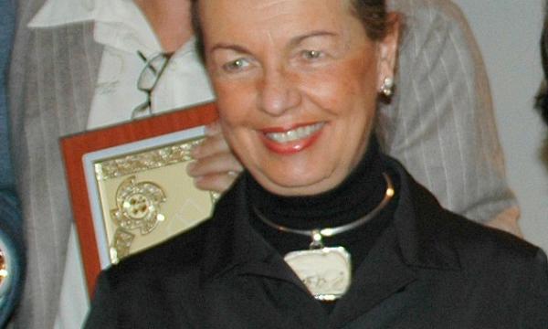 Alfredo Versace: una medaglia per Maria Teresa